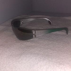 Killer loop glasses